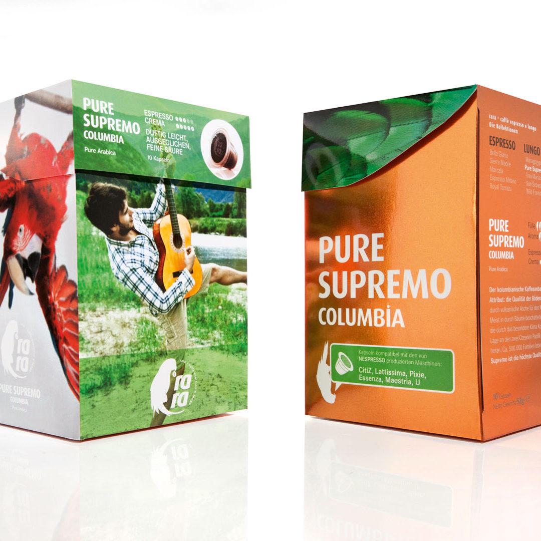 Vorder-und Rückseite der Kaffee-Verpackung auf weißem Hintergrund